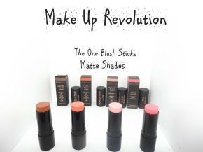 Make Up Revolution: Matte VS Shimmer Blush Sticks