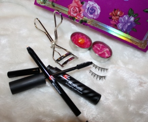 Bonjour HK Cosmetics: PART ONE Asian Make-Up